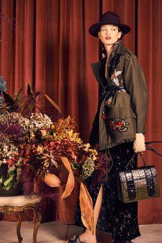 http://www.vogue.com/fashion-shows/pre-fall-2017/antonio-marras/slideshow/collection