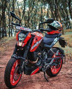 Duke Motorcycle, Duke Bike, Motorcycle Types, Ktm Motorcycles, Yamaha Bikes, Bike Pic, Bike Photo, Best Photo Background, Black Background Images