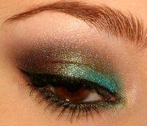 peacock colored eye shadow