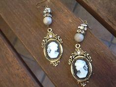 Fall Sale CaMeo ViNTaGe EaRRiNgs/ womens dangle by Ivanwerks, $18.20