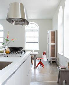 Keuken met cementvloer | vtwonen