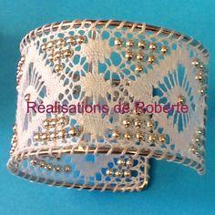 Needle Lace, Bobbin Lace, Lace Heart, Point Lace, Lace Jewelry, Lace Making, Lace Patterns, Lace Design, Photos Du