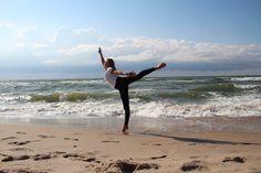 Patrycja for metkaBALETKA amazing Baltic Sea and dancer! http://metkabaletka.pl/figury-taneczne-by-patrycja/