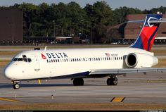 Former Air Tran now in Delta colors. [Canon + Canon IS] - Photo taken at Houston - George Bush Intercontinental (IAH / KIAH) in Texas, USA on April Boeing Aircraft, Passenger Aircraft, Northwest Airlines, Douglas Aircraft, Air Photo, Alaska Airlines, Air Lines, Airline Flights, Commercial Aircraft