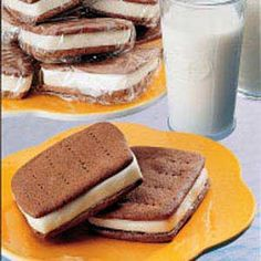 These look like so much fun to make. I would go all the way and use homemade vanilla ice cream with these.