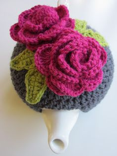 Sharing the tea cosy love! Free tutorial.