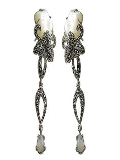 Vintage Mother of Pearl and Silver Earrings  http://www.voom-watches.co.uk/online-store/womens-earrings/women%E2%80%99s-vintage--earrings/25-1143