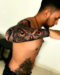 Antebrazo Best Sleeve Tattoos, Body Art Tattoos, Cool Tattoos, Tatoos, Tattoo Feminina, Cover Tattoo, Wing Tattoo Arm, Athena Tattoo, Realistic Owl Tattoo