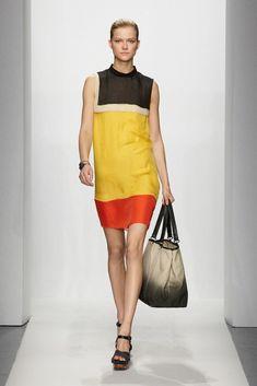 Bottega Veneta Resort 2012 Fashion Show - Kasia Struss