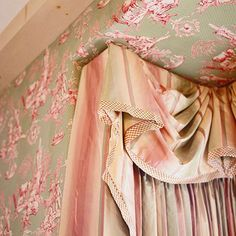 I love the layering detail of this valance.