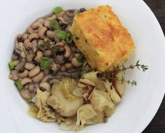 Don't mess with southern tradition. We start the new year right with black eyed peas, smothered cabbage, and spicy cornbread every year. A healthy dose of these one pot comfort foods will bring you a year of good luck, wealth and prosperity. I guarantee! Pea Recipes, Side Dish Recipes, Vegetarian Recipes, Dinner Recipes, Holiday Recipes, Roasted Pork Tenderloins, Sauteed Vegetables, Vegetable Seasoning, Black Eyed Peas