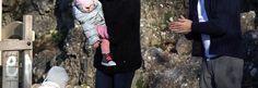 Michelle Hunziker al parco con le figlie e personal trainer - Spettegolando