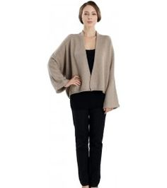 Cropped V-Neck Cardigan V Neck Cardigan, Kimono Cardigan, Cashmere Cardigan, Cashmere Sweaters, Winter Fashion 2015, London College Of Fashion, Classy And Fabulous, Fashion Wear, Sweaters For Women