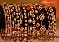 Jewelry Design Earrings, Gold Earrings Designs, Gold Bangles Design, Gold Jewellery Design, Bridal Bangles, Bridal Jewelry, Beaded Jewelry, Hair Jewelry, Indian Jewelry Sets