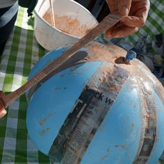I want to make a paper mache pumpkin for Fall!