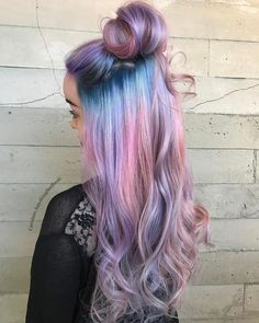 Ombre Hair and Purple Ombre Surely you have noticed how popular purple ombre can be. And today we will talk about what shades of hair purple ombre combine. We will also discuss how to create a purp… Purple Ombre, Brown Ombre Hair, Ombre Hair Color, Cool Hair Color, Purple Hair, Unicorn Hair Color, Pink Blue, Lilac, Cotton Candy Hair