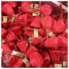 هذا قليلٌ مما لدينا للميلاد .. ميلاد مجيد   #GhrawiChocolate #YourTraditionalPartner