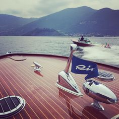 "Battista Bellini on Instagram: ""#iseolake #thetwoladies #rivaaquarama #italianbrand"" Classic Boat, Classic Wooden Boats, Riva Yachts, Camper Boat, Riva Boat, Cabin Cruiser, Chris Craft, Boat Accessories, Wood Boats"