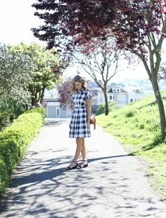 navy-gingham-shirtdress-what-to-wear-to-boss-barbecue-company-picnic-work-office-casual-friday-style-fashion-blog-mary-orton-memorandum2