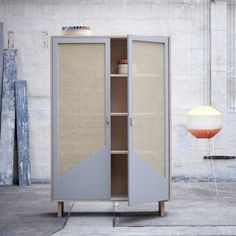STRAW closet by COLONEL. Useful closet and perfect dimensions. Design by Isabelle Gilles and Yann Poncelet. Material : Solid beech Colors : Light grey, cor