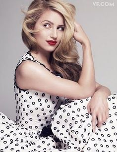 I love Dianna Agron! Too bad they don't do more with her character.