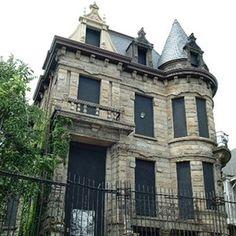 Franmklin Castle  built in 1865 Cleveland, Ohio