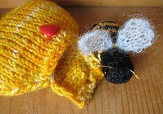 Ravelry: BEE In My Heart! ♥ pattern by minja