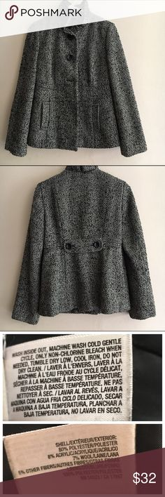 Tweed Old Navy jacket size medium Peacoat style tweed jacket by Old Navy. Unique tulip style collar with button closure and side pockets. Size medium. Preloved. Comes from a smoke free, pet free home. Old Navy Jackets & Coats Pea Coats
