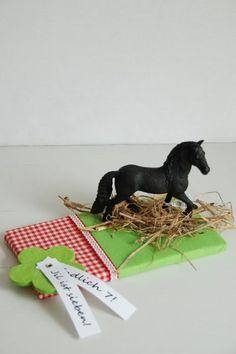 Liebesbotschaft: ein Pferd zu verpacken...