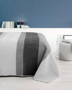 Prekrivači za krevet - Izbor materijala i boja na JYSK. Bean Bag Chair, Mattress, Ottoman, Ikea, Beige, House, Furniture, Home Decor, Blankets