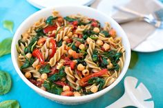 Pasta with Spinach, Chickpeas, and Sun-Dried Tomatoes