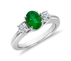 Emerald and Diamond Ring in 18k White Gold | #Jewelry #Ring #Fashion