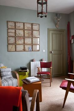 A Tiny & Pleasant Paris Apartment — Professional Project | I just love the pieced map. Would love to do one of Texas.