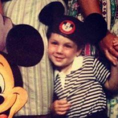 This is Dan when he was little omg!♥WAAAAAAT WAAAAAT WAAAAAAT THIS IS GOING ON MY CAMERA ROLL