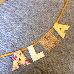New baby gifts 🤰🏼 For Alma 💛 Gorgeous quilted letter, personalised name bunting to add the finishing touches to your babies nursery 😊 etsy.com/shop/aroomofrainbows