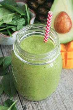 The Best Tropical Green Smoothie