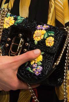Dolce and Gabbana - material de croché e bolsa à escolha - sisal, algodão, nylon, etc.