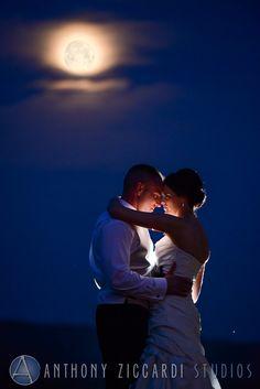Liz and Chris at Ballyowen.  #wedding #mrandmrs #justmarried #weddingday #happycouple #aziccardi #anthonyziccardistudios #ballyowen