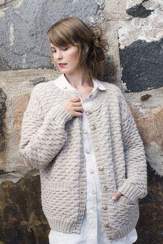 Naisen villatakki Novita Alpaca Wool   Novita knits