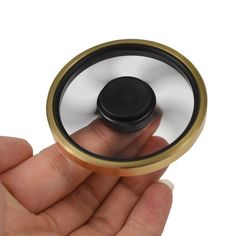 Round Hand Spinner Two Colors Designed For Tricks