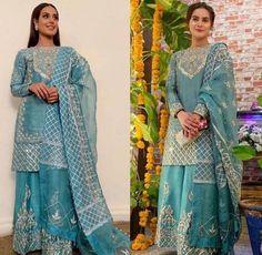 Asian Wedding Dress Pakistani, Pakistani Fancy Dresses, Beautiful Pakistani Dresses, Pakistani Fashion Party Wear, Pakistani Dress Design, Designer Kurtis, Designer Dresses, Stylish Dresses For Girls, Stylish Dress Designs