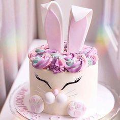 Renshaw's White Rabbit Cake Recipe Easter Cake Easy, Easter Bunny Cake, Bunny Cakes, Bunny Birthday Cake, Birthday Cakes, Gateau Baby Shower, Rabbit Cake, Animal Cakes, Cute Desserts