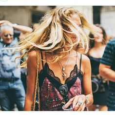 Women fashion boutiques in Corfu and Athens, greek designers, luxury fashion Rock Chic, Rock Style, My Style, Sweat Shirt, Dark Fashion, Luxury Fashion, Mode Sombre, Vintage Bohemian, Lingerie