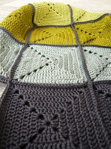 grey yellow, simple pattern