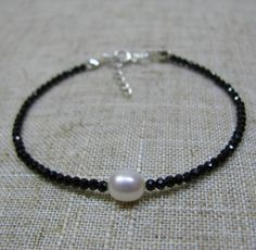 Single Pearl Bracelet Black Spinel and Pearl  Bracelet