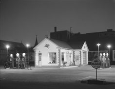 Mobil Gas station, 1936
