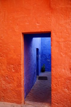 Arequipa, Peru oh glorious Orange Blue Orange, Orange Color, Orange Aesthetic, Cool Doors, Colour Board, Artistic Photography, Travel Photography, Wall Collage, Windows And Doors