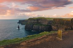Sunset at the Cliffs of Moher - An amazing experience http://ift.tt/2DXeq0I