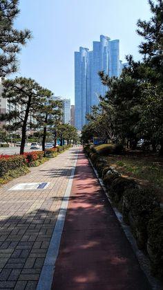 #Busan #Korea     대한민국  부산 ⚓ - Sung gon Kim. - Google+ Busan Korea, South Korea Seoul, South Korea Travel, Asia Travel, Daegu, South Korea Photography, Seoul Photography, Food Photography, Places To Travel