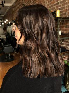 Brown Hair Inspo, Cool Brown Hair, Rich Brown Hair, Medium Brown Hair Color, Brown Hair Shades, Brown Hair Colors, Hair Medium, Choclate Brown Hair, Chocolate Brunette Hair